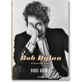 Bob Dylan: A Year and a Day (Libro)